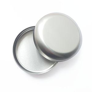 Ovaalne metallist tops kaanega